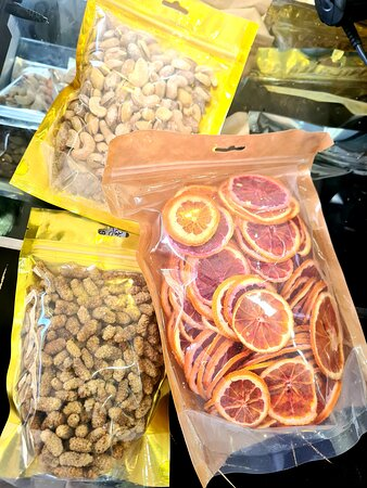 Nuts and dried fruits 😋
