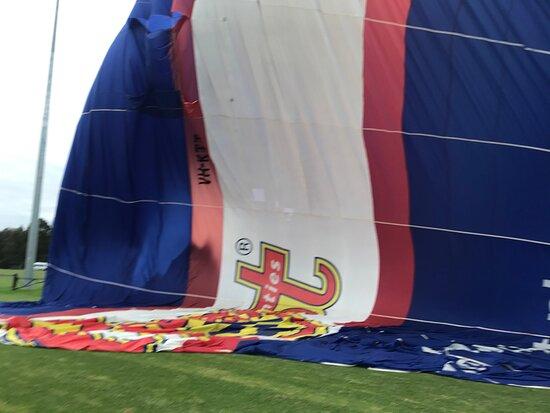 Melbourne Balloon Flights, The Peaceful Adventure: Balloon deflating post flight