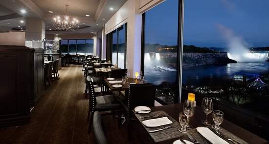 Prime Steakhouse overlooking Niagara Falls
