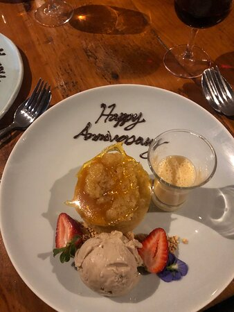Nice touch from Amanda's (oh, and sticky toffee pudding didn't last long!!)