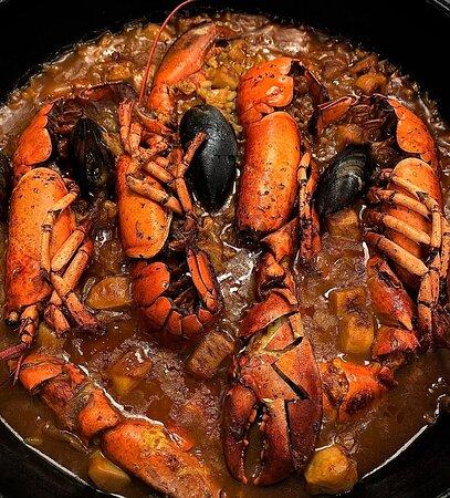 Arroz con bogavante y marisco.Muy delicioso.