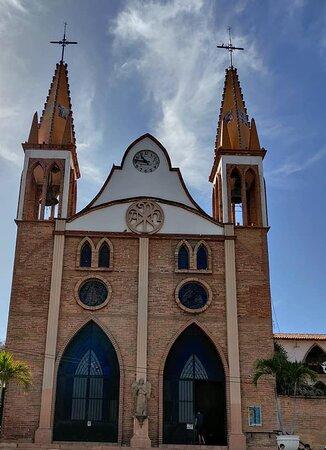 Parroquia Nuestra Señora del Refugio.