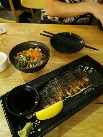 Beef with ponzu and vinegared mackerel