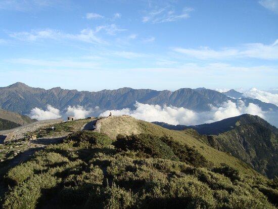 Hehuanshan Main Peak Trail