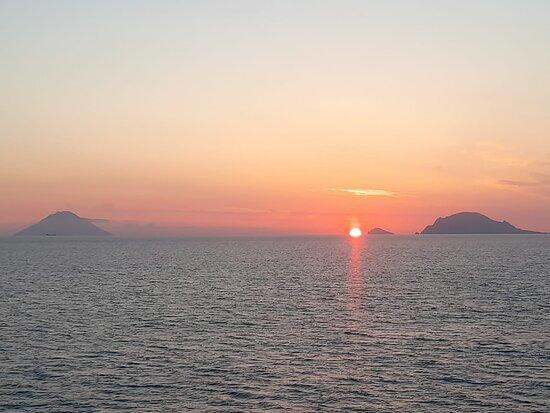 Islas Eolias, Italia: Spunta un nuovo giorno a Panarea