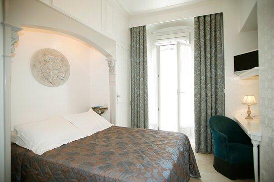 Chambre double Confort - Côté rue piétonne