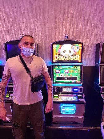 Amber Club Serrano member Manuel won $100,045 at San Manuel Casino on April 10, 2021.
