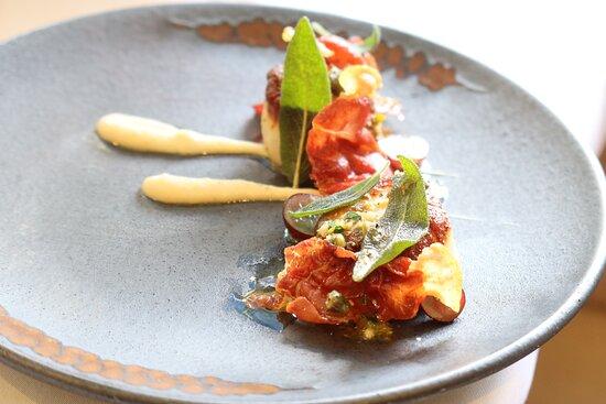 Seared Scallops with Parma Prosciutto, Cauliflower Puree