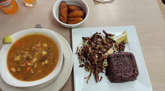 Roast pork, black rice and sweet plantains.