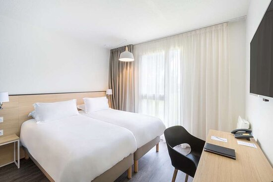 twin beds room - Armor Park hotel and restaurant