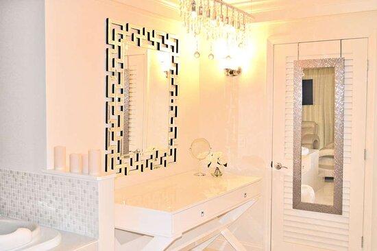 Oyster Suite Vanity