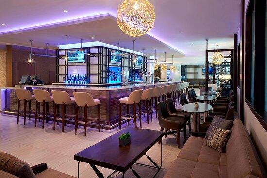 Greatroom - Bar