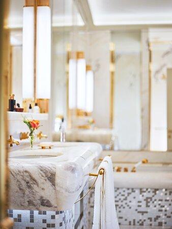 Hotel Eden Roma Dolce Vita Suite Bathroom Detail New