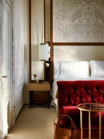 Hotel Eden Roma Dolce Vita Suite Bedroom Detail New