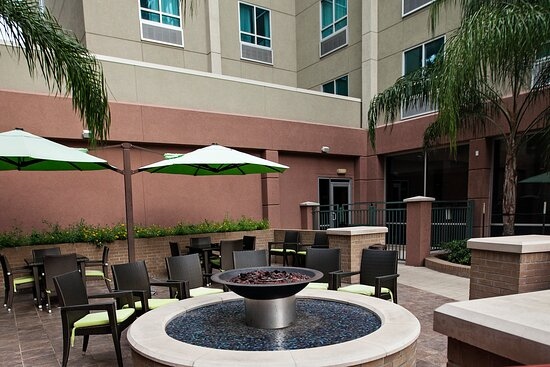 Houston hotel is the best location to Memorial Park Galleria