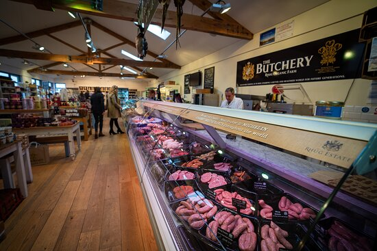 Corwen, UK: Our Farm Shop has over 3,000 hand selected products which showcase the best local, artisan food, drink and gifts.