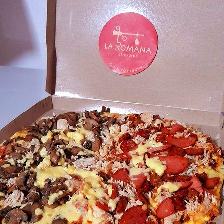 Socorro, Colombia: Ven y disfruta de variedad de pizzas 🍕 a un excelente precio 😍