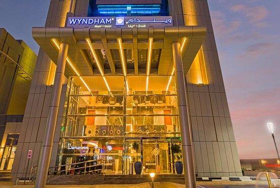 wyndham dubai marina 4 дубай