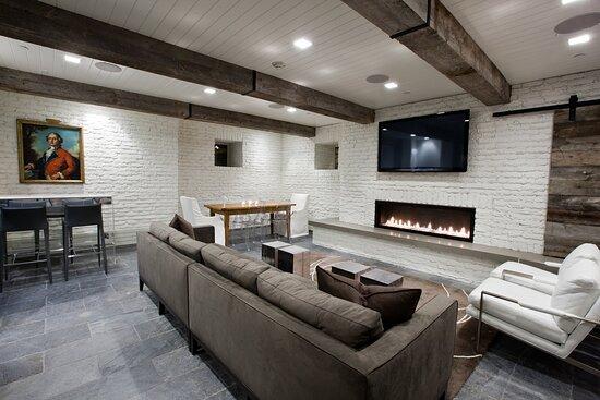 WSH Ski Lounge