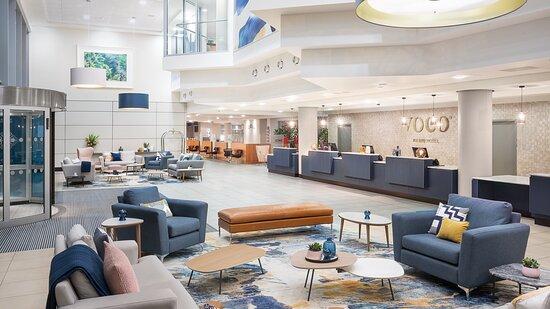 voco Reading Reception and Lobby