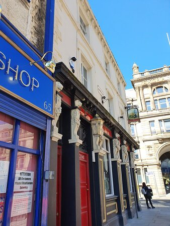 The Lion Tavern Pub along Tithebarn Street.