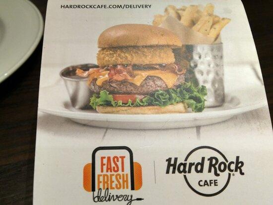 photoshopped advertising - only Mc Donalds size burger served!