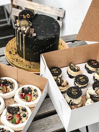 personalizowany tort i słodkości na zamówienie