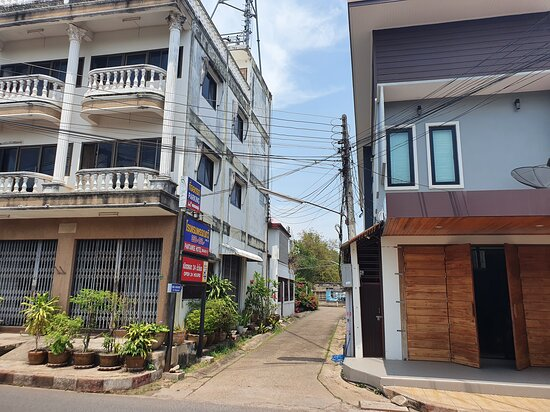 Main street entrance leading to Pantawee Hotel Branch 2 Coffee Chill TV