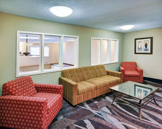 Second floor lobby sitting area