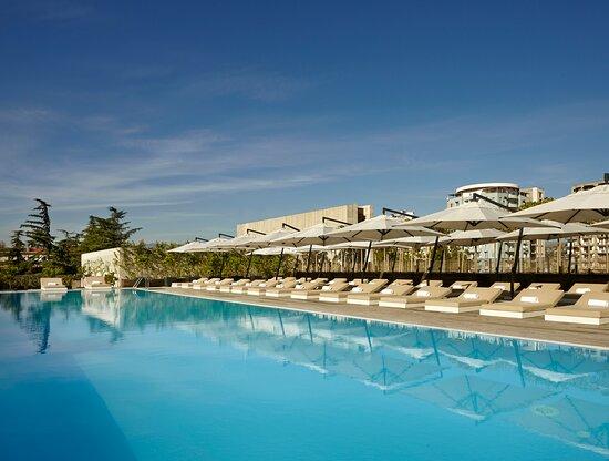 Holiday Inn Tbilisi, Hotels in Tiflis (Tbilissi)