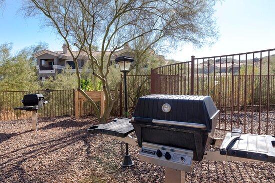 BBQ Area - WorldMark Phoenix - South Mountain Preserve