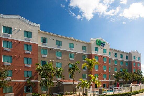 Holiday Inn Express Pembroke Pines-Sheridan St