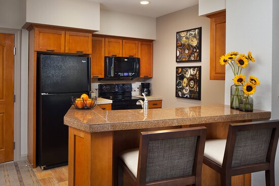 One-Bedroom Villa - Kitchen