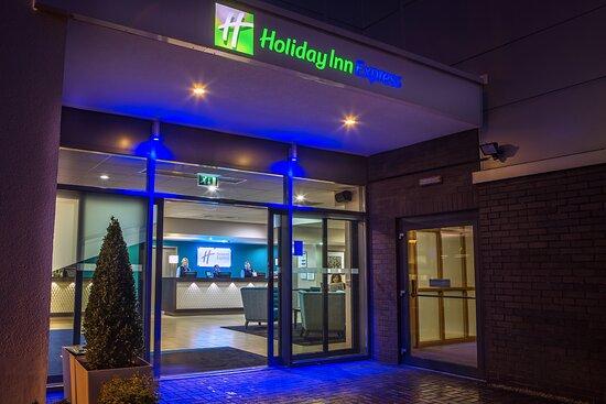 Holiday Inn Express Manchester Airport, hoteles en Manchester