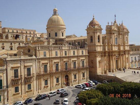 Cattedrale di San Nicolò di Mira and Palazzo Landolina from San Carlo Borromeo's balconies - Noto, Sicily