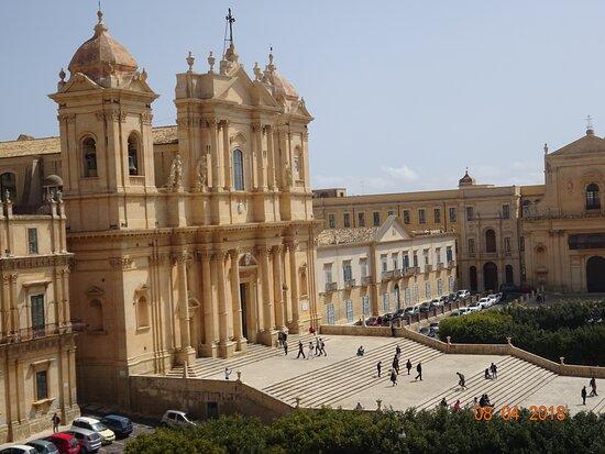 Cattedrale di San Nicolò di Mira from San Carlo Borromeo's balconies - Noto, Sicily