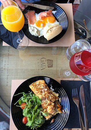 Gastouni, Hy Lạp: Brunch without mimosas is just a sad breakfast
