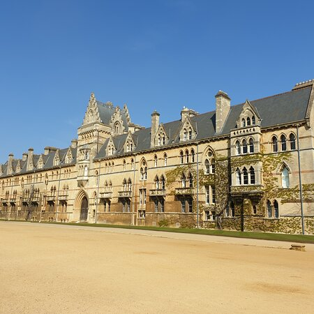 A very quiet Oxford due to lower than usual tourist levels, April 2021