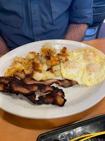 Eggs and jalapeño bacon