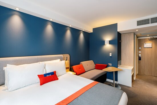 Double bed with sofa bed, and kids stay free!