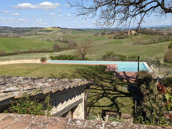 مونتالتشينو, إيطاليا: La piscina