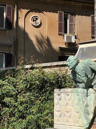 Monumento a Trilussa
