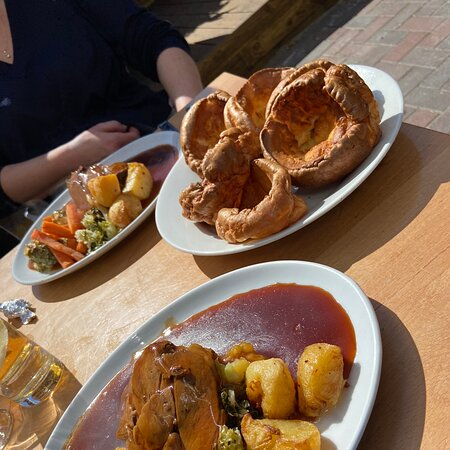Delicious Sunday Roast and trimmings