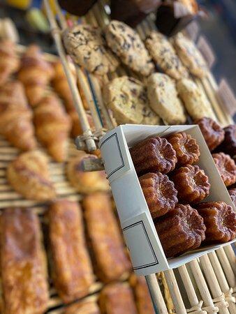 du choix en pâtisseries et viennoiseries