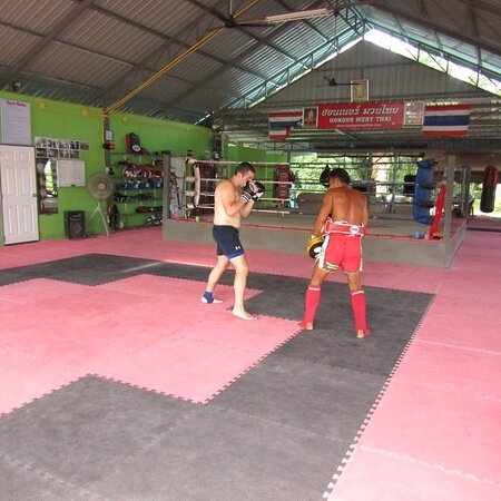 Muay Thai Training in Ao Nang Krabi Thailand.  Morning and Afternoon Training!  https://honourmuaythai.com/training-and-accomodation-costs  #muaythai #muaythaitraining #honourmuaythai #krabigym #fighters #beginners #accommodation #food #martialarts