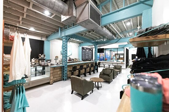 Covington, KY: A large cafe/bar with unique design