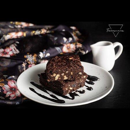 Quinoa Chocolate Chips Brownie.