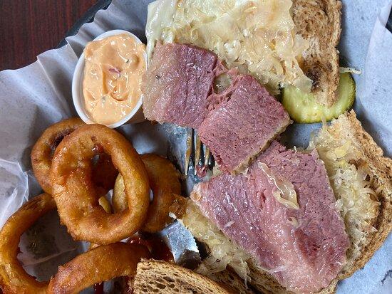 Mountain Grove, MO: The Grove Family Restaurant