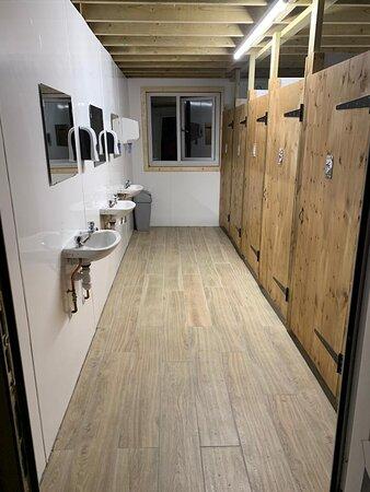 Holne, UK: New toilet block