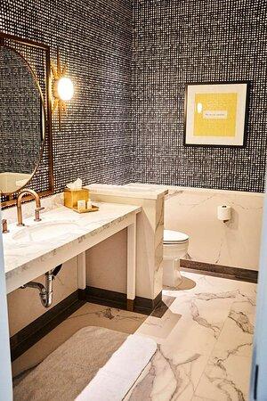 Single Vanity Bathroom